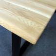 Baumkanten Esstisch aus massiver Wildeiche