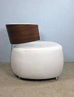 Designer Sessel BOOM mit Massivholzrücken Nussbaum Microfaser