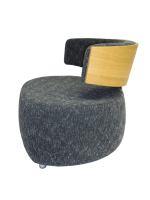 Designer Sessel BOOM mit Massivholzrücken Eiche hell grober Webstoff